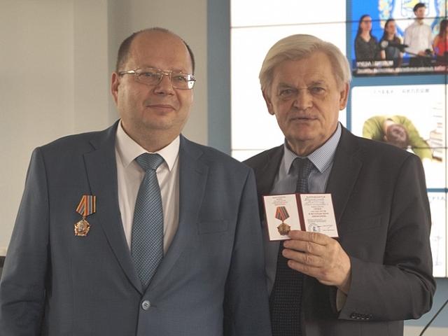 Награждение Татаринова В.В.